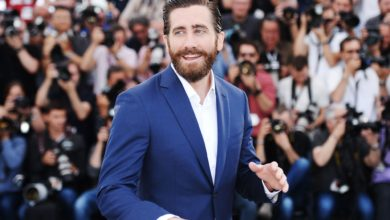 Photo of Shirtless Jake Gyllenhaal Is Curing Quarantine Boredom
