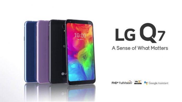 LG Q7 Photo