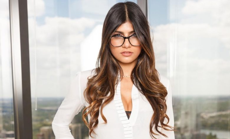 Everything You Didn't Know About Mia Khalifa | Game ...