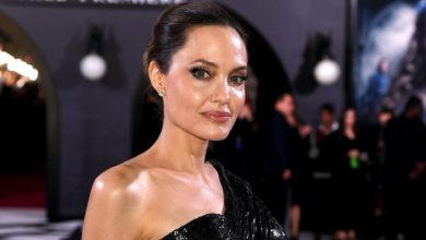 "Photo of Angelina Jolie Urges People to ""Love Each Other"" During the Pandemic"