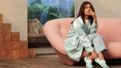 Photo of Priyanka Chopra Looks Stunning in Crocs